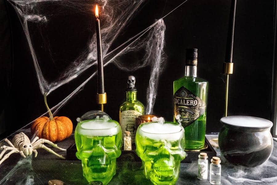 Smoking skulls halloween cocktails