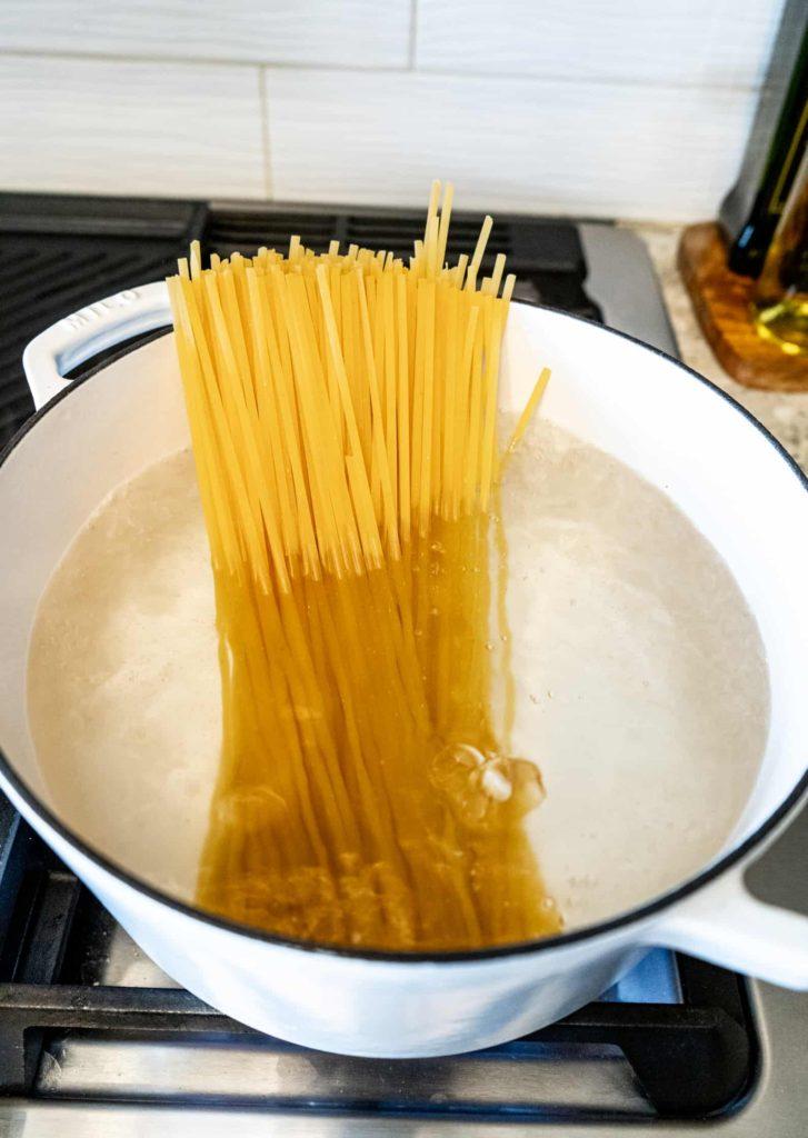 spaghetti in dutch oven